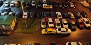 Как законно эвакуировать машину загораживающею выезд?