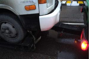 Крепление автомобиля для перевозки частичной погрузкой
