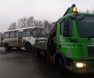 Эвакуируем автобус ПАЗ