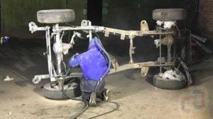 Пескоструйная обработка рамы автомобиля, пример работы