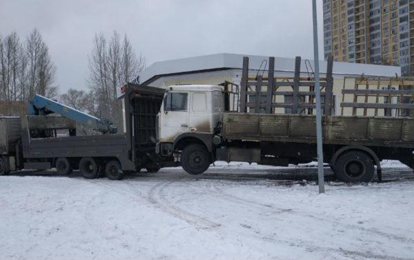 Перевозка автомобиля МАЗ