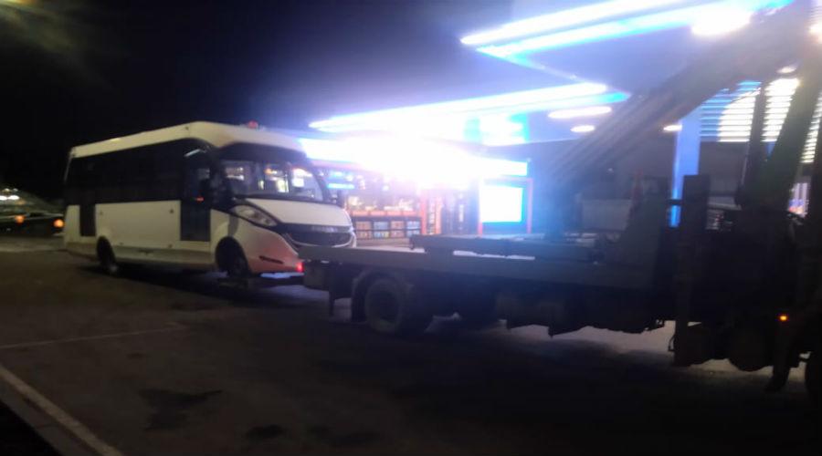 Перевозим автобус