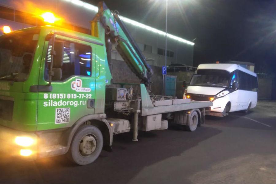 Турестический автобус FoxBus перевозим