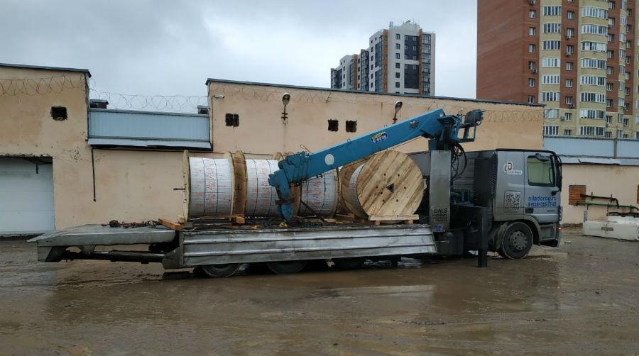 Перевозим большие строительные катушки